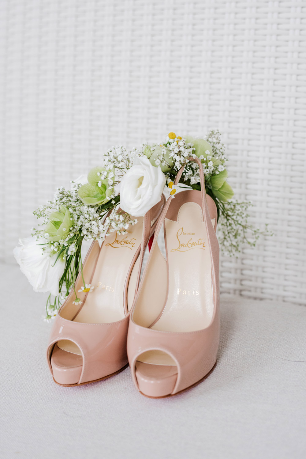 Bridal shoes. Bloc Memoire Photography. www.theweddingnotebook.com