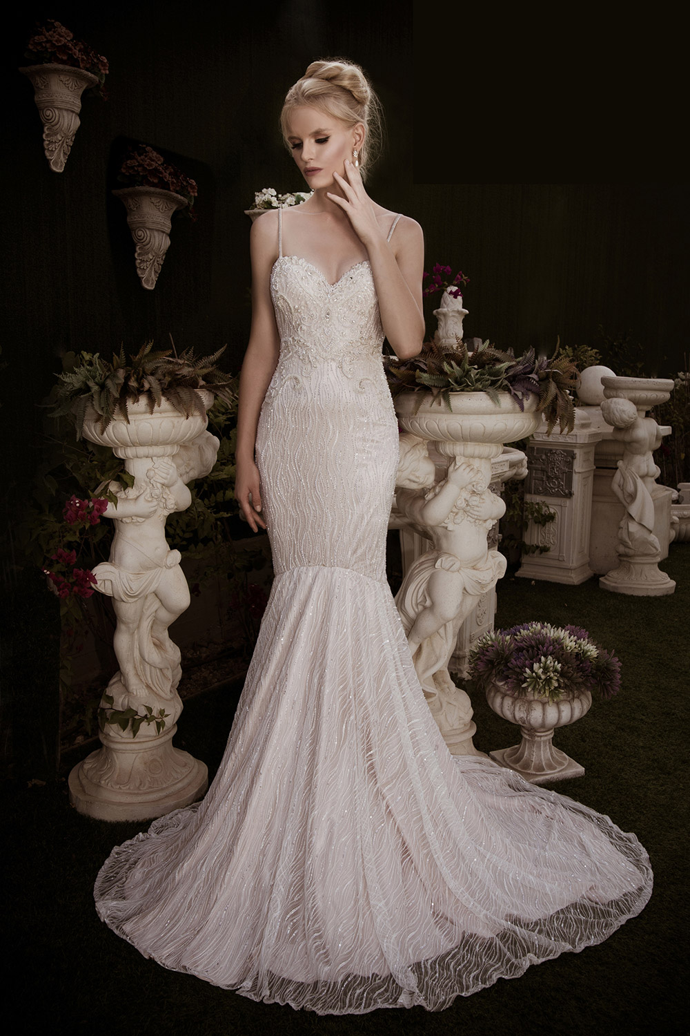 Devine – Naama And Anat 2016 Bridal Collection. www.theweddingnotebook.com