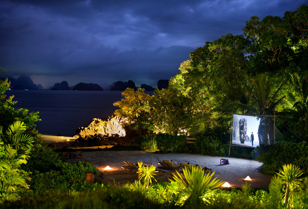 Outdoor cinema – Six Senses Yao Noi, Thailand. Luxury Honeymoon Resorts in Southeast Asia. www.theweddingnotebook.com
