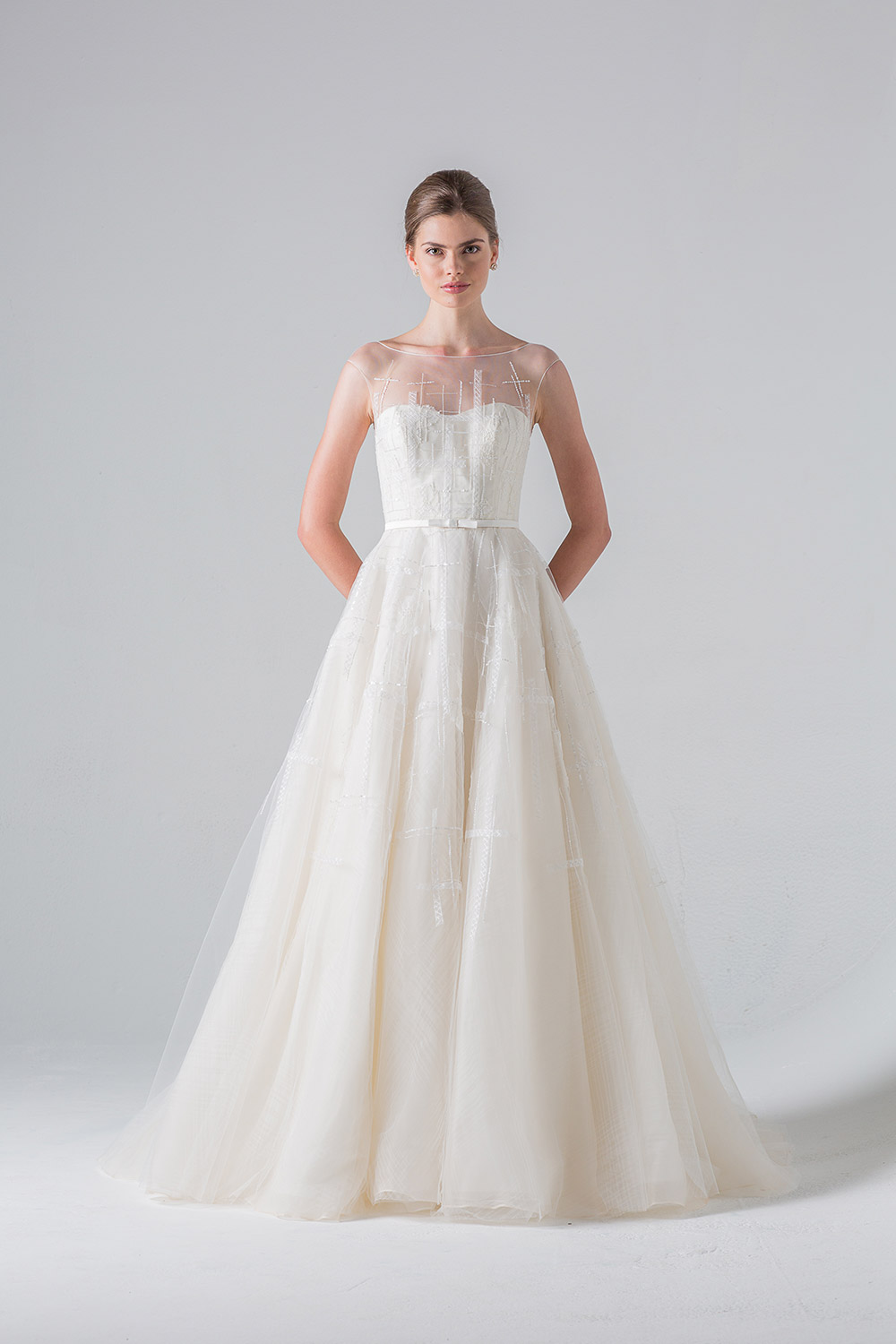 Promenade - Anne Barge Couture Spring 2016 Collection. www.theweddingnotebook.com