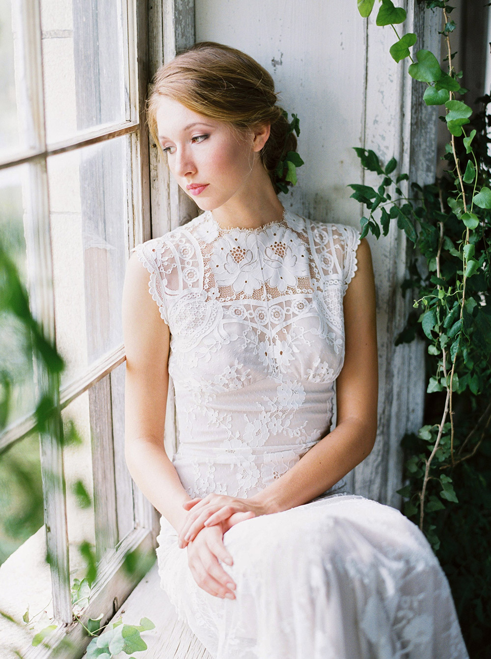 Cheyenne - Romantique 2016 Collection. www.theweddingnotebook.com