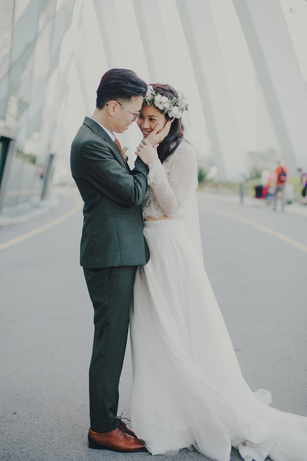 Photo by Samuel Goh Photography. www.theweddingnotebook.com