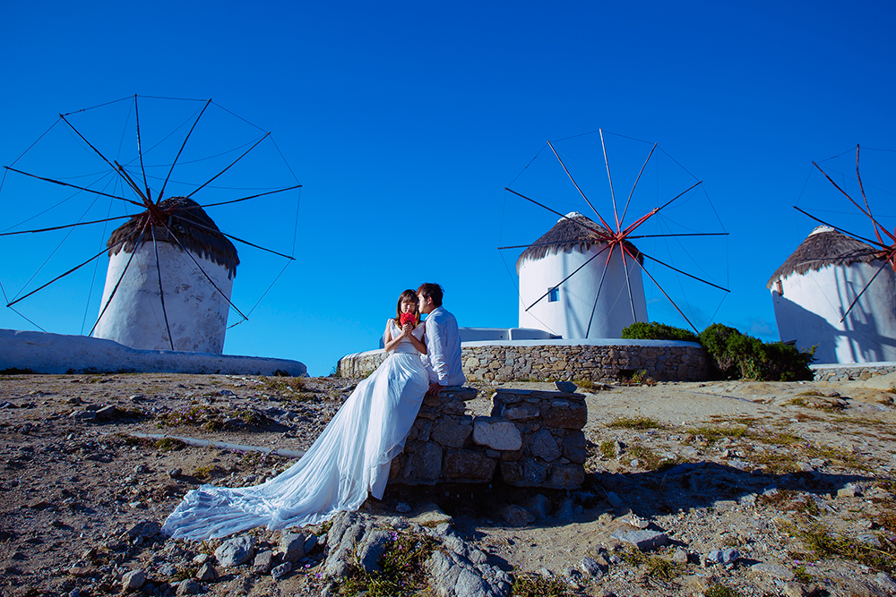 DIY Wedding Photoshoot, Mykonos Island, Greece. www.theweddingnotebook.com