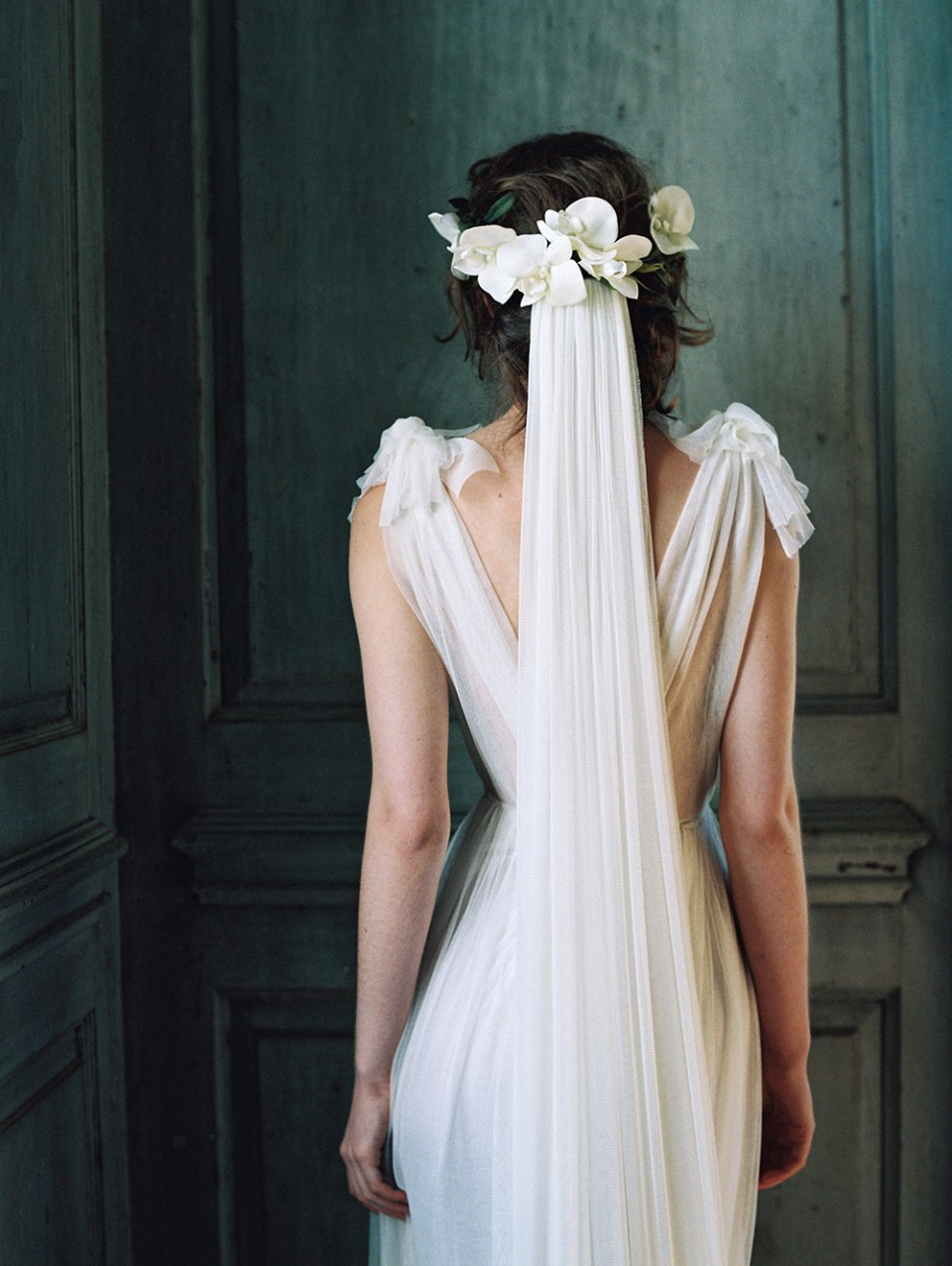 Enchanted Atelier by Liv Hart Spring 2017 Collection. www.theweddingnotebook.com