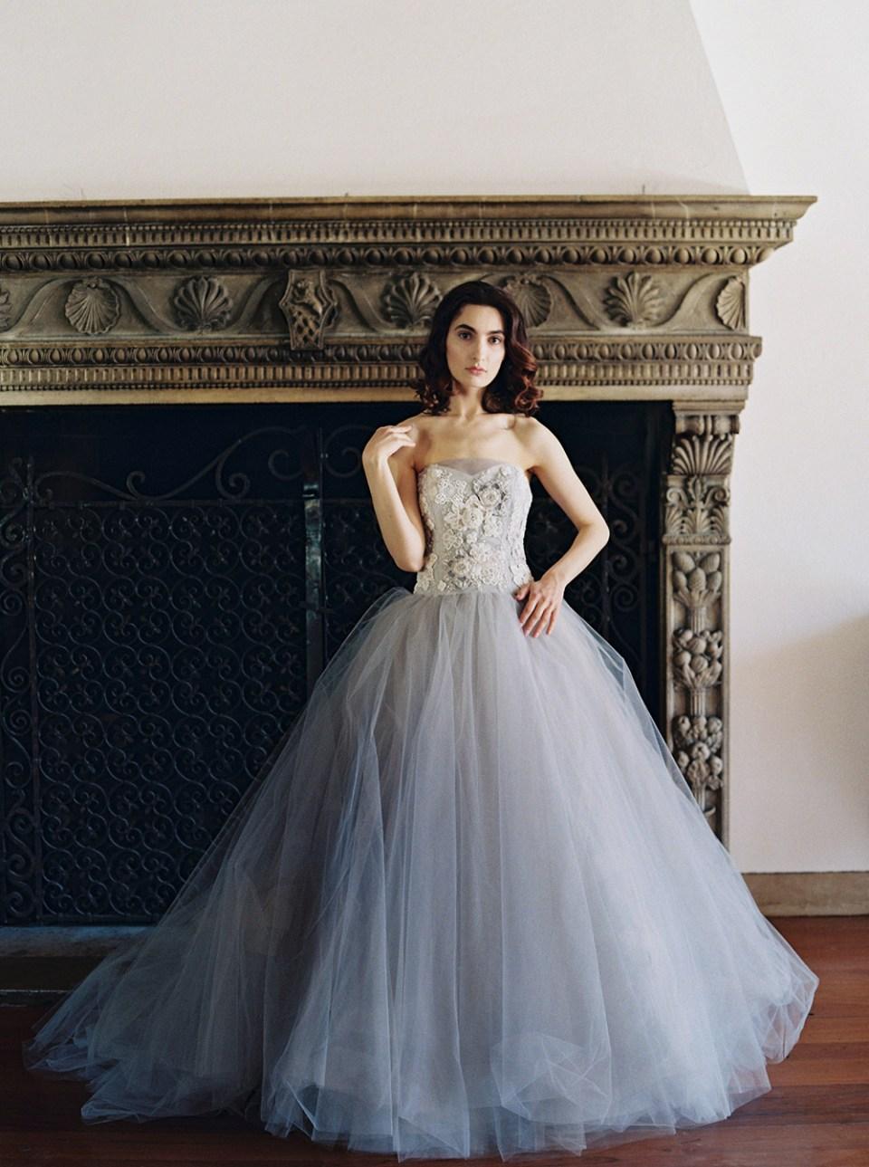 Iris: Sareh Nouri – New York Spring 2017 Bridal Collection. www.theweddingnotebook.com