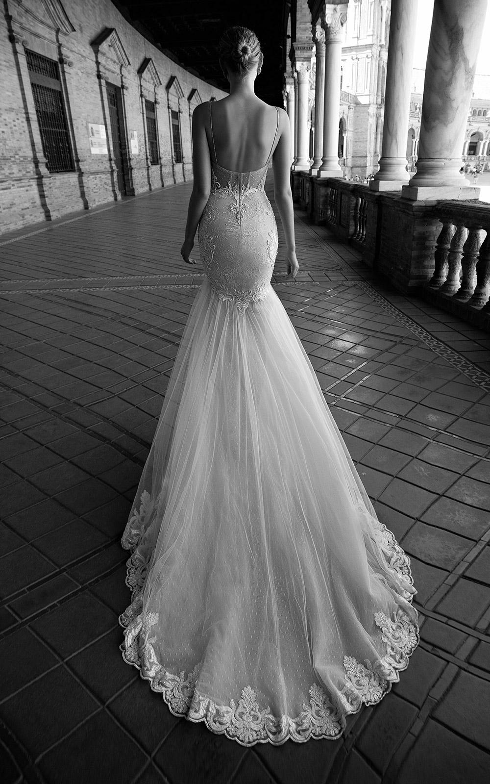 GISELE - Alon Livne 2017 Bridal Collection. www.theweddingnotebook.com