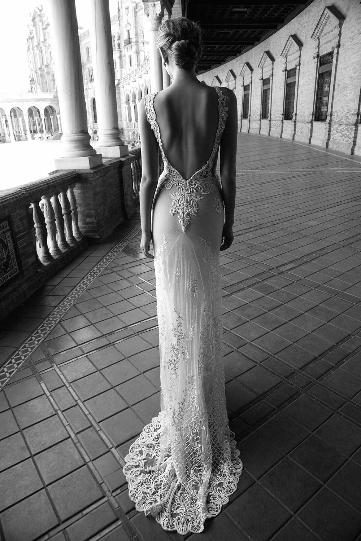ALEXIS - Alon Livne 2017 Bridal Collection. www.theweddingnotebook.com