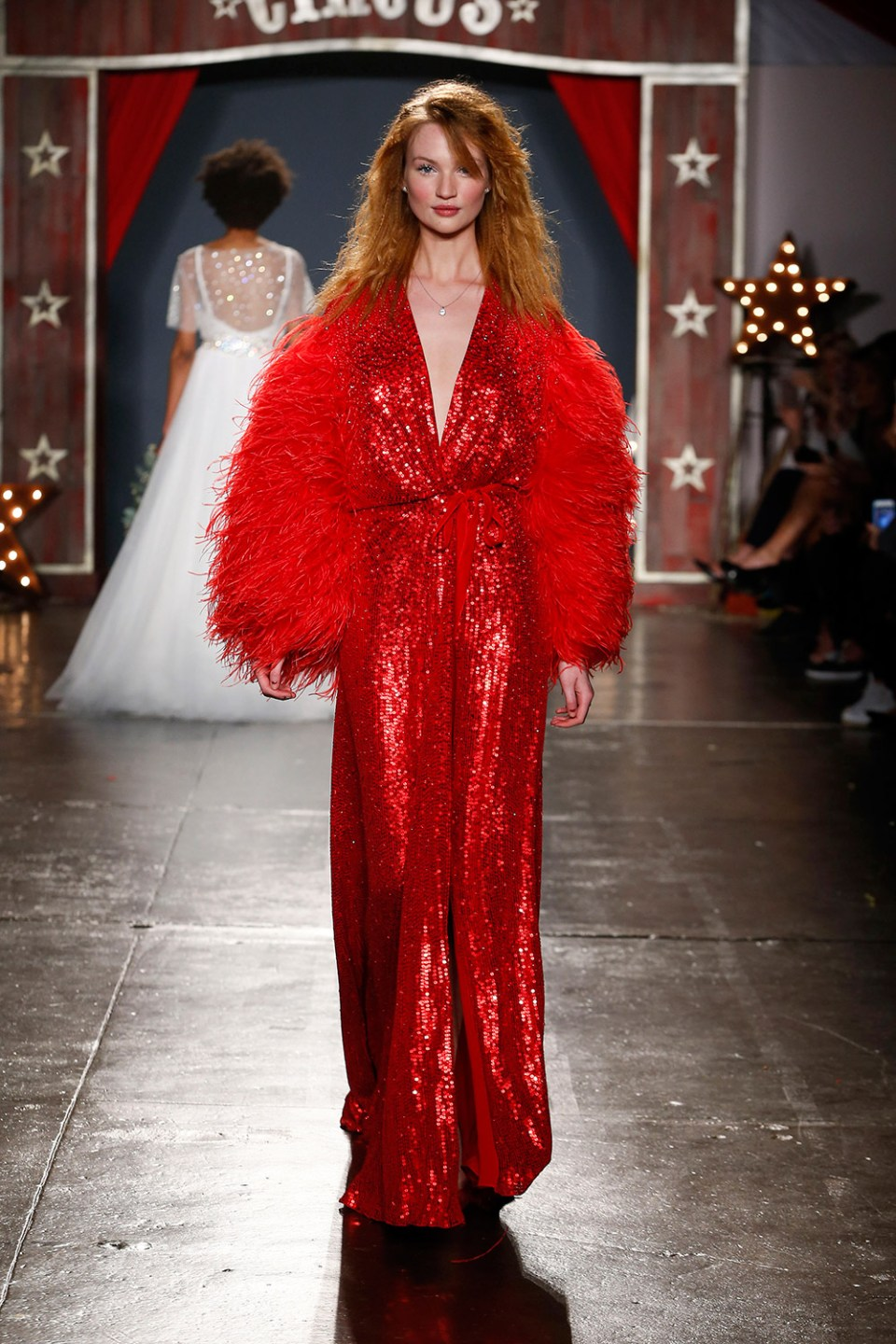 Red bridal gown. Jenny Packham 2018 Bridal Collection. tp://www.theweddingnotebook.com
