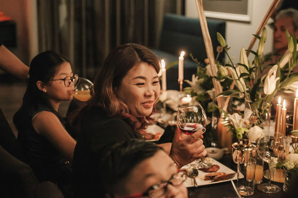 Photo by Yong Hao Visual Moments. www.theweddingnotebook.com
