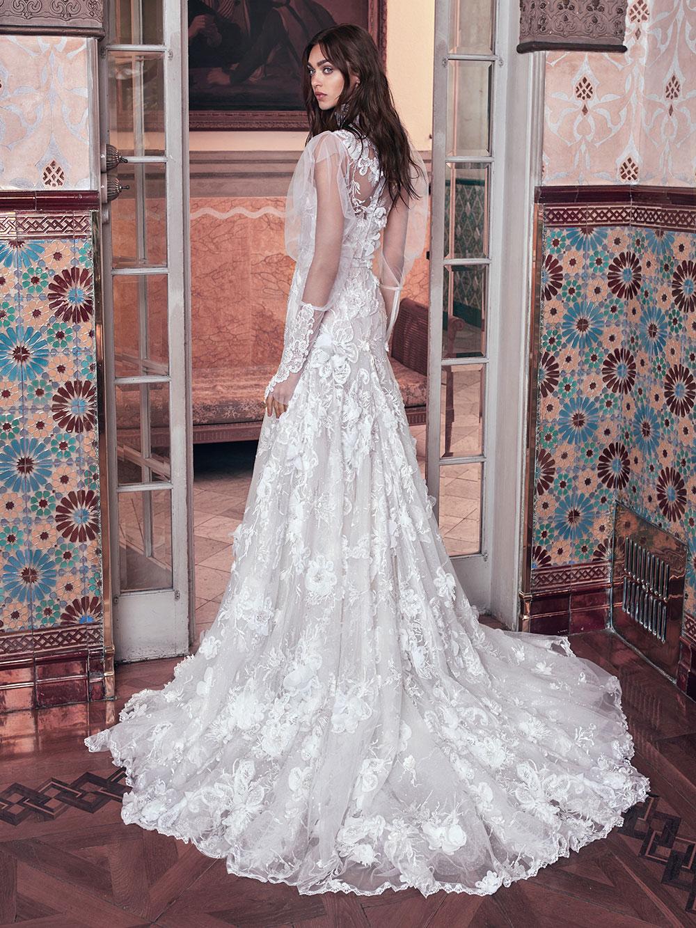 Laura - Galia Lahav Spring 2018 Collection. www.theweddingnotebook.com