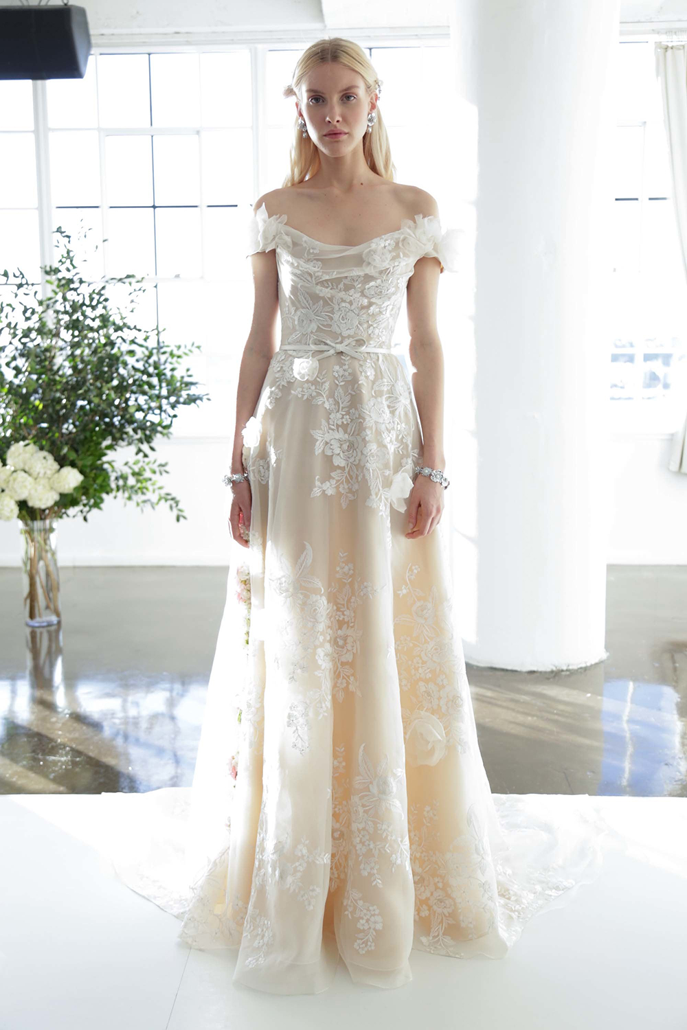 Marchesa Fall 2017 Bridal Collection. www.theweddingnotebook.com