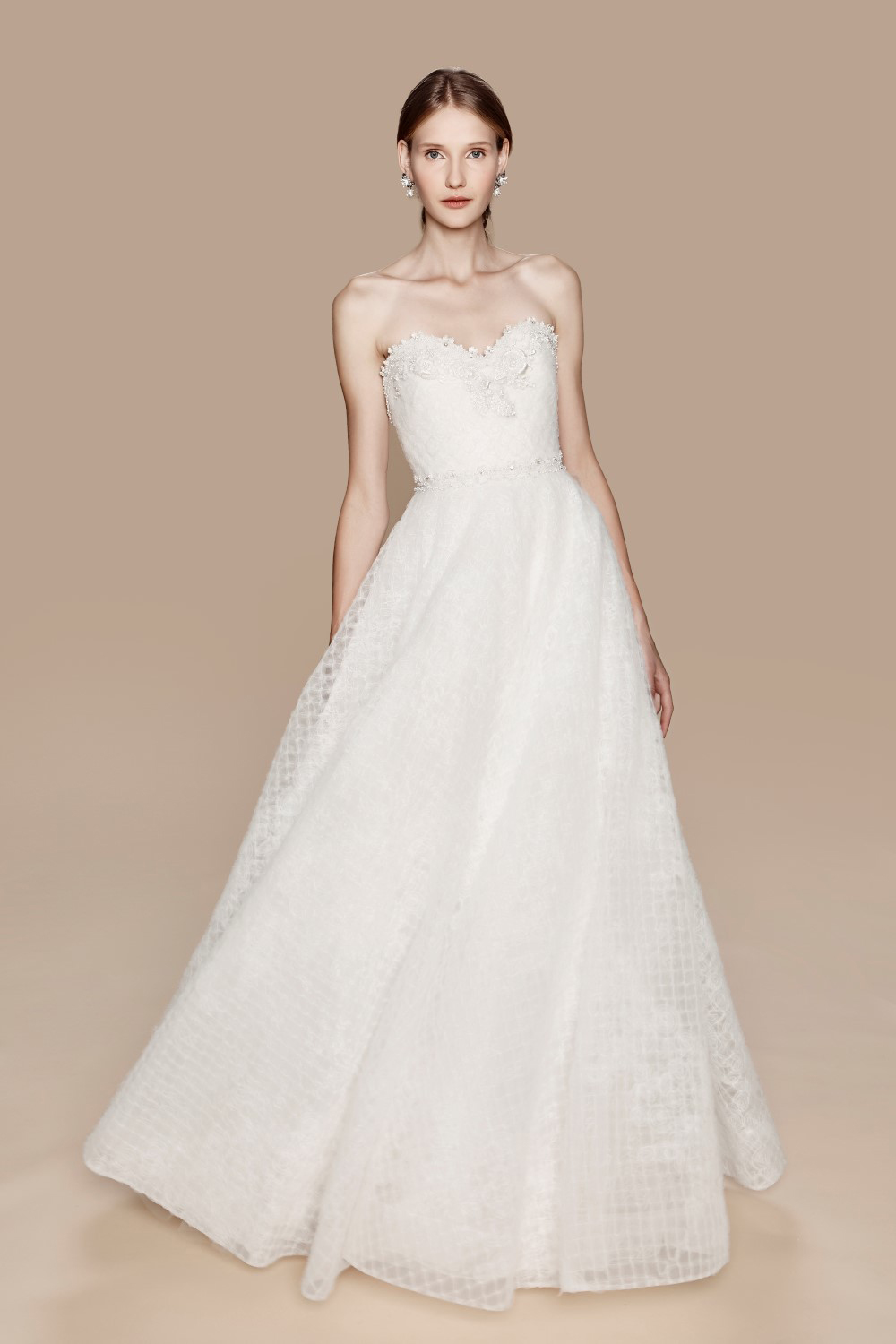 Marchesa Notte Fall 2017 Bridal Collection. www.theweddingnotebook.com