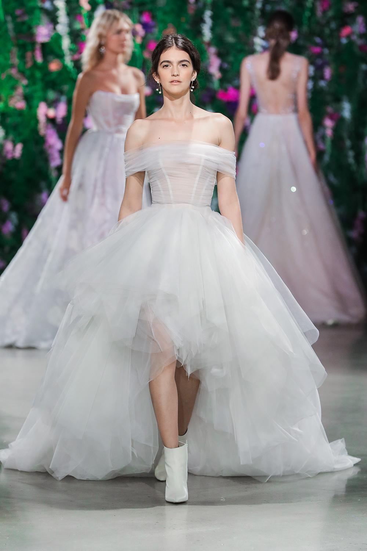 Poppy - Galia Lahav Fall 2018. www.theweddingnotebook.com