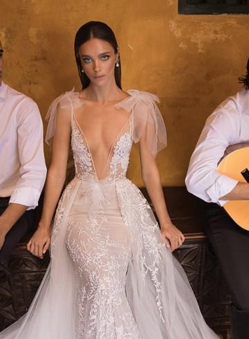 Berta Bridal Fall 2018 Collection. www.theweddingnotebook.com