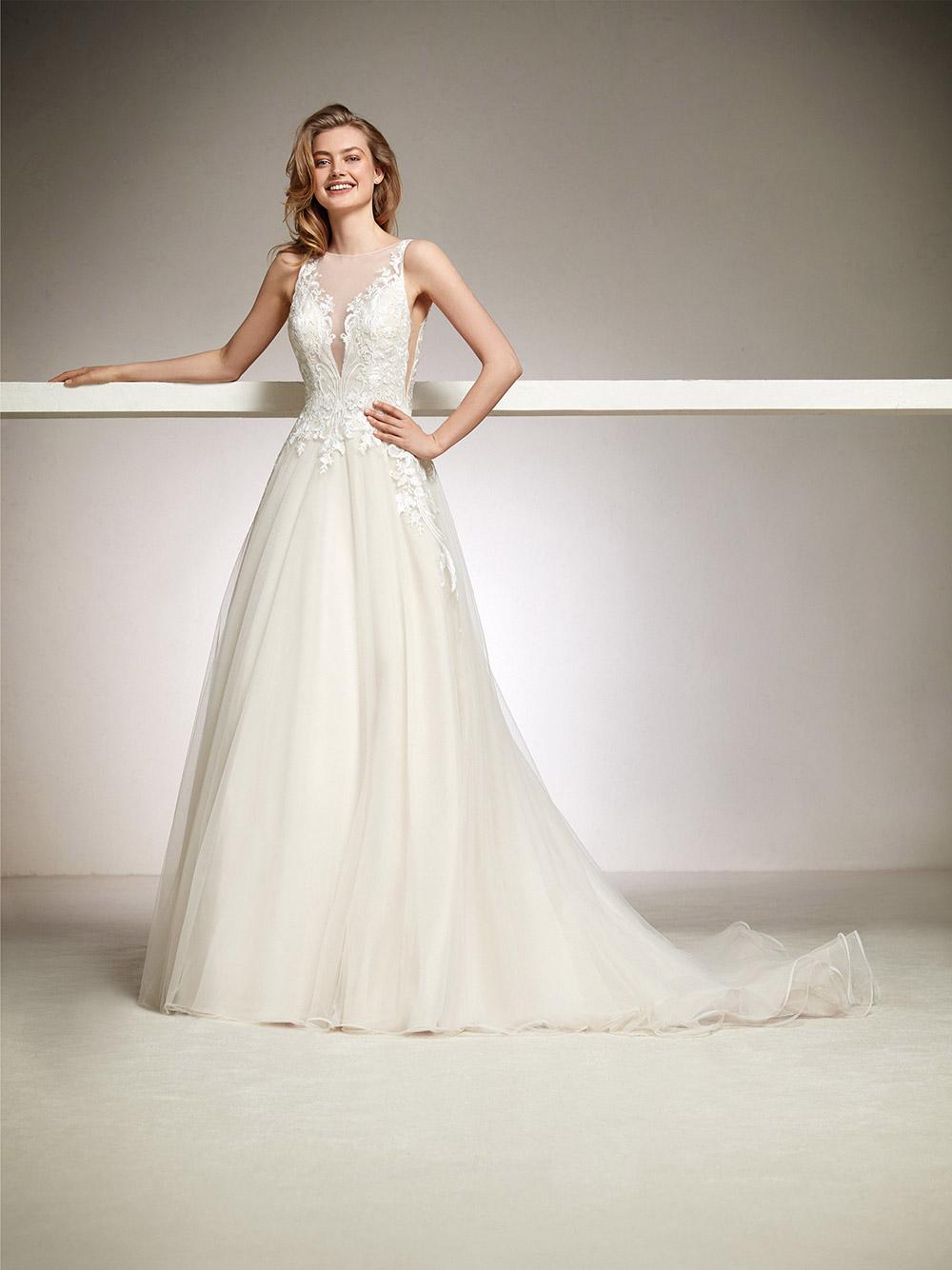 Doha - Pronovias 2018 Bridal Collection. www.theweddingnotebook.com