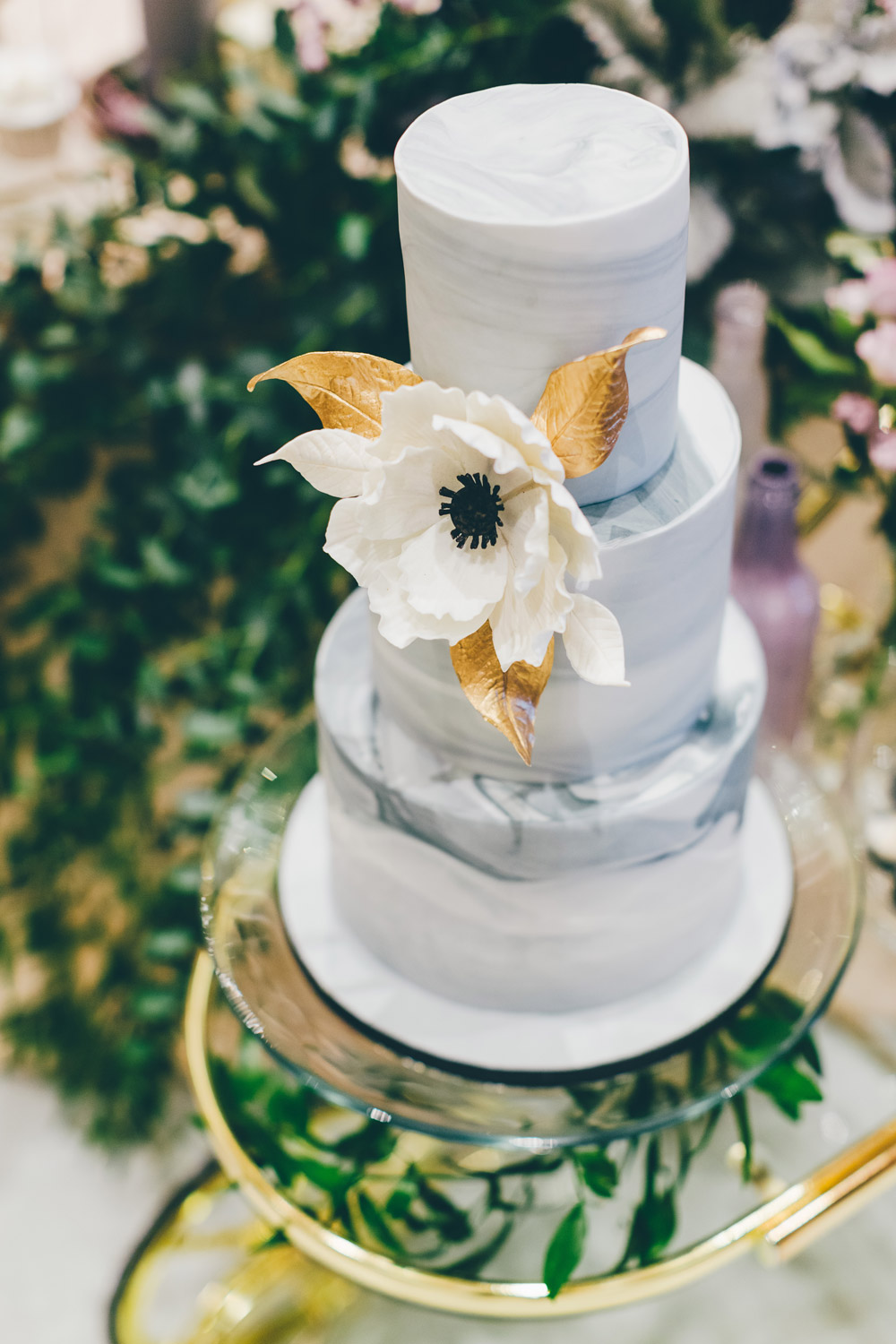 Marble wedding cake. Photo by MJK Photography. Wedding at Le Meridien Putrajaya. www.theweddingnotebook.com