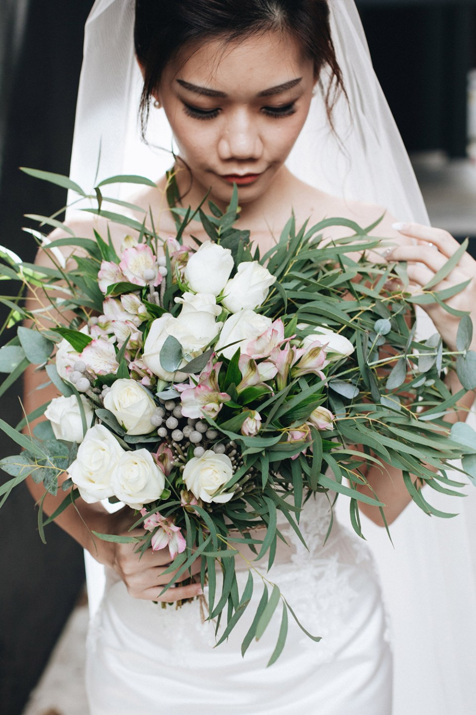 Bridal bouquet. Photo by Arch and Vow. www.theweddingnotebook.com
