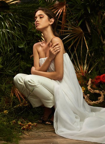 Aline - Lakum Spring 2019 Collection. www.theweddingnotebook.com
