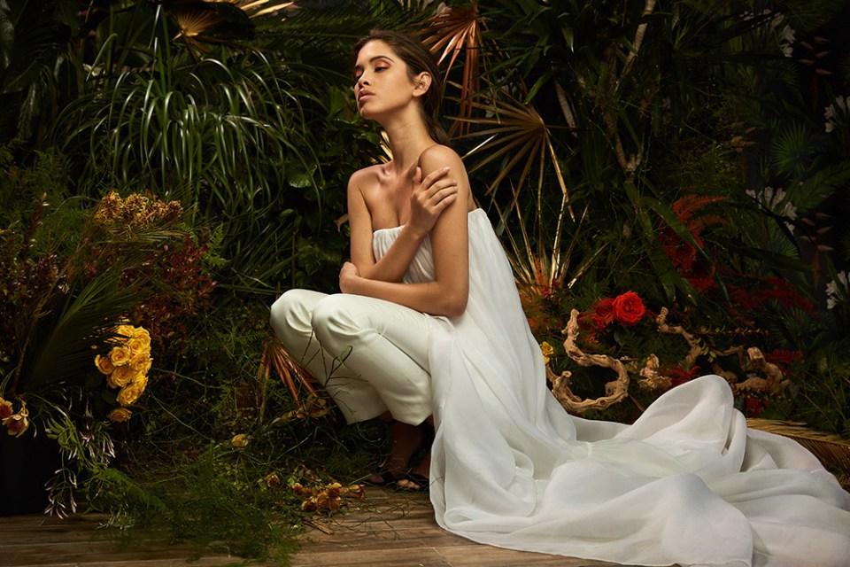 Aline - Lakum Spring 2019 Collection. www.theweddingnotebook.com