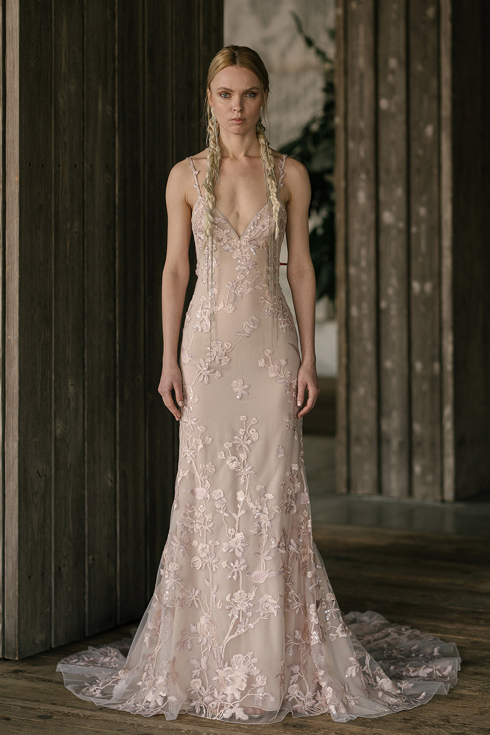 Rivini by Rita Vinieris Spring 2019 Collection. www.theweddingnotebook.com
