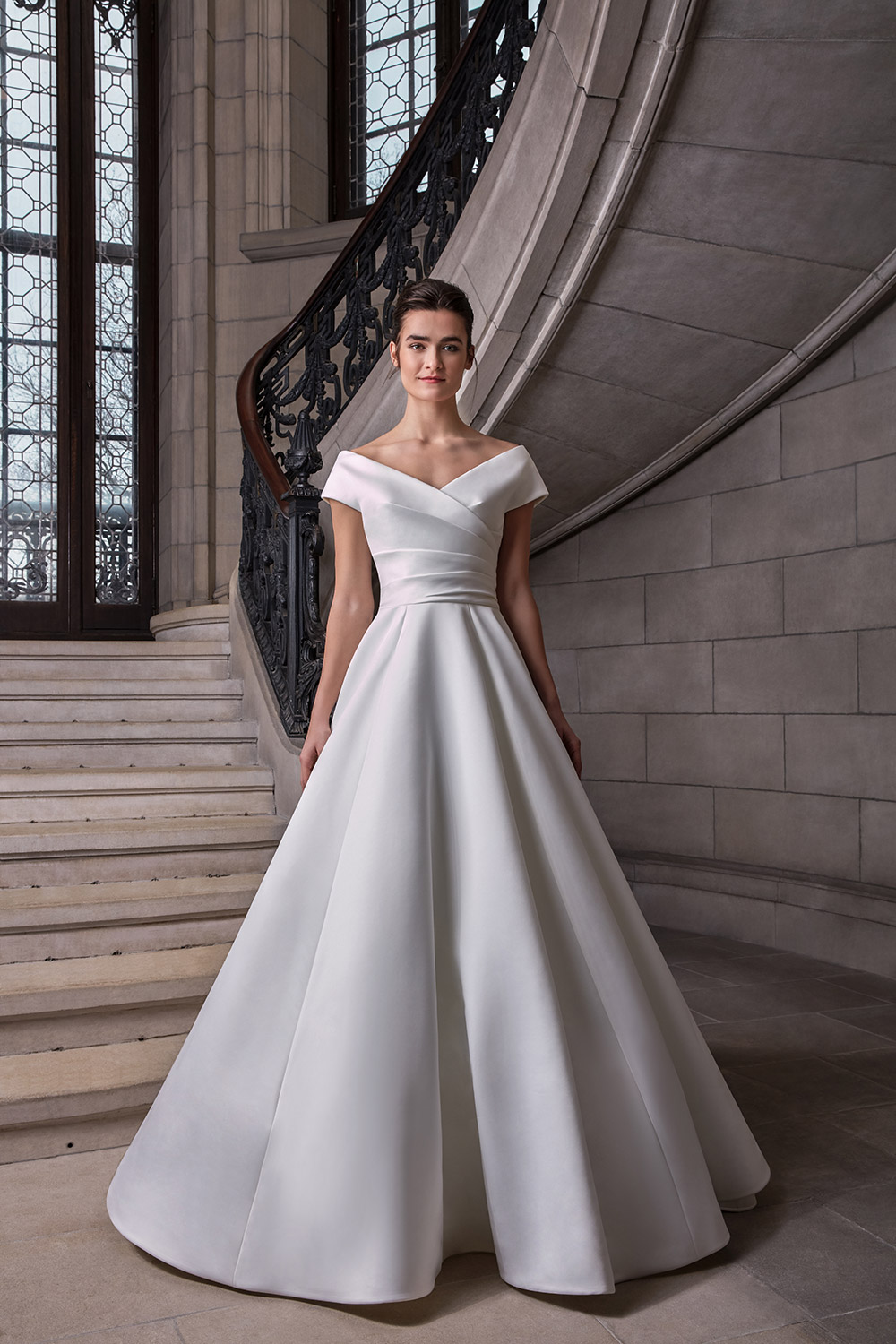 Euginie - Sareh Nouri Spring 2020 Collection. www.theweddingnotebook.com