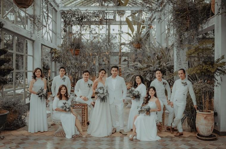 Photo by ProudRad. www.theweddingnotebook.com