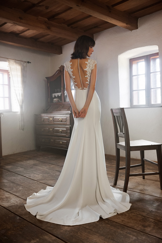 Daalarna Fall 2020 Bridal Collection. www.theweddingnotebook.com
