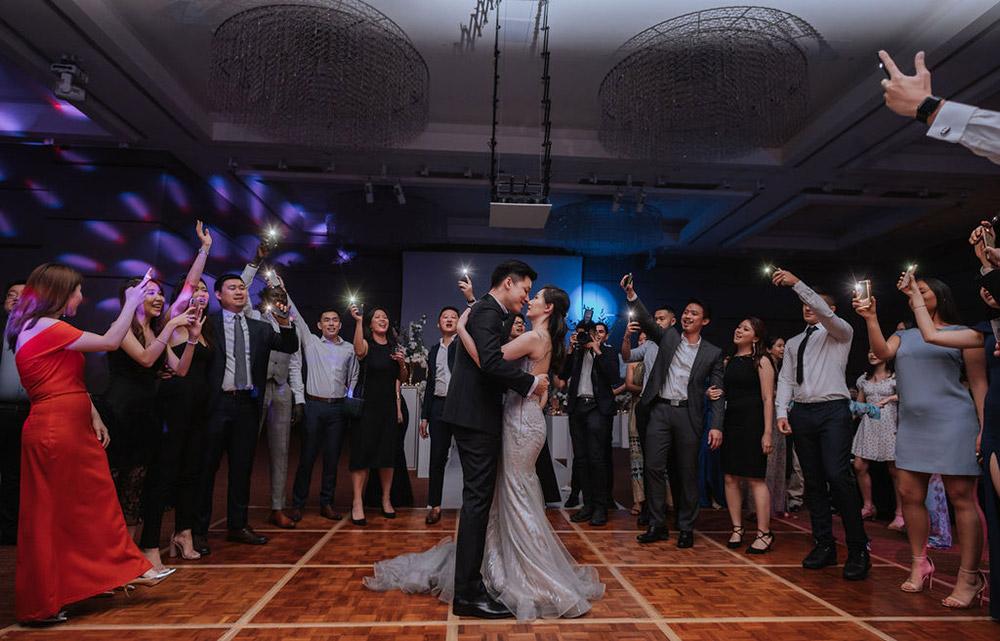 Photo by Manoj Photography. www.theweddingnotebook.com