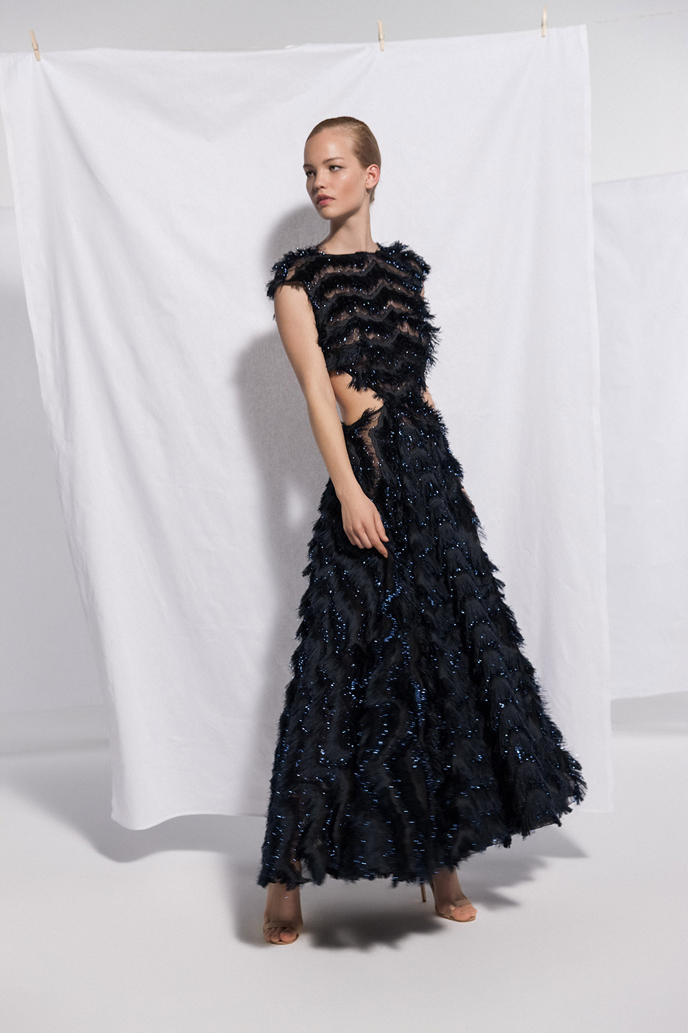 Daalarna 2021 Eveningwear Collection. www.theweddingnotebook.com