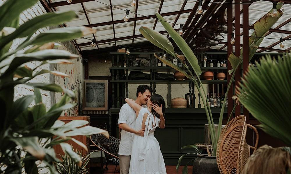 Photo by Jasmine A Photography. www.theweddingnotebook.com