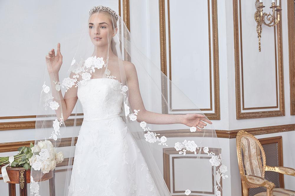 Sareh Nouri New York Fall 2021 Collection. www.theweddingnotebook.com
