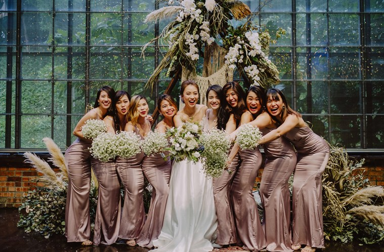 Chong Yee Photography. http://www.theweddingnotebook.com