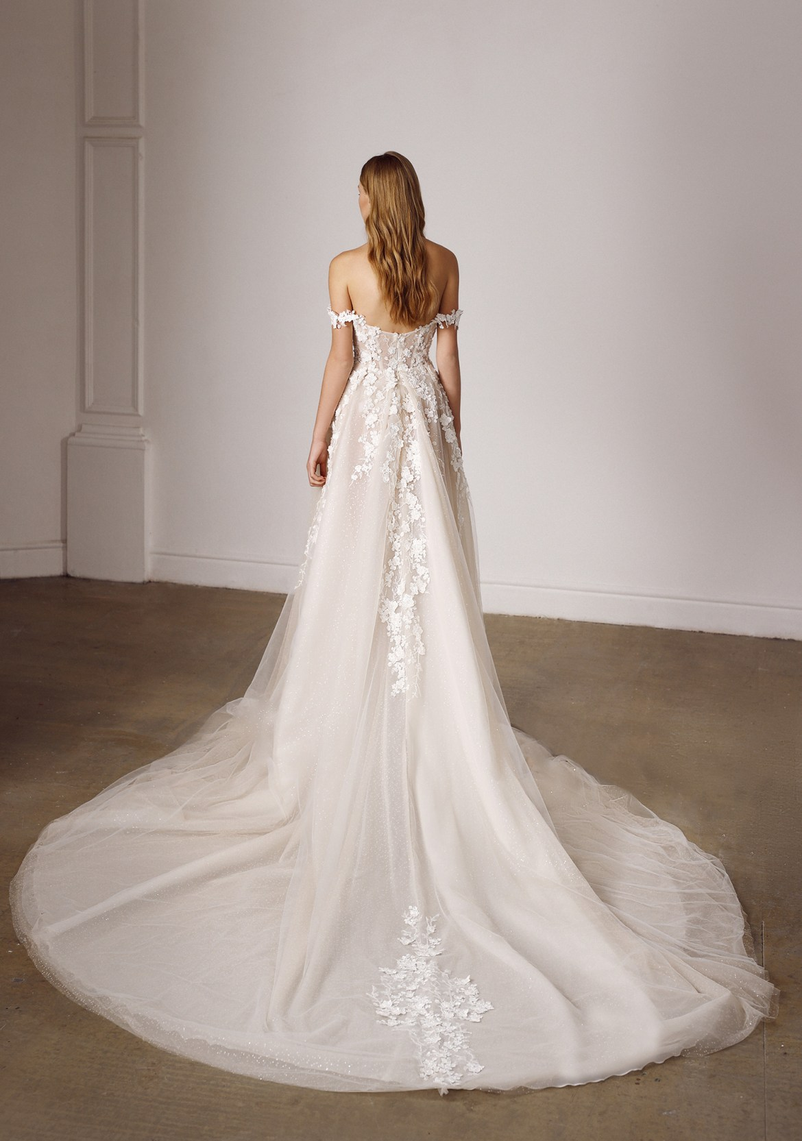 Galia Lahav Spring 2022 Bridal Collection. www.theweddingnotebook.com