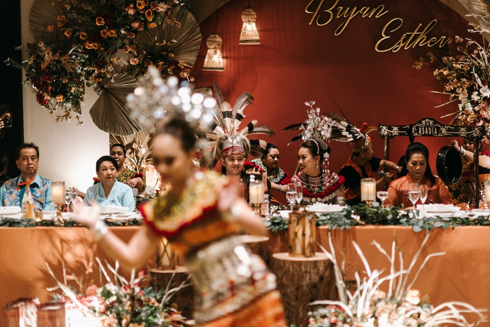 Andy Phe Photography. www.theweddingnotebook.com