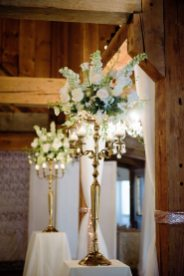Florals & Décor: Devine Wedding Design | Photo: HRM Photography