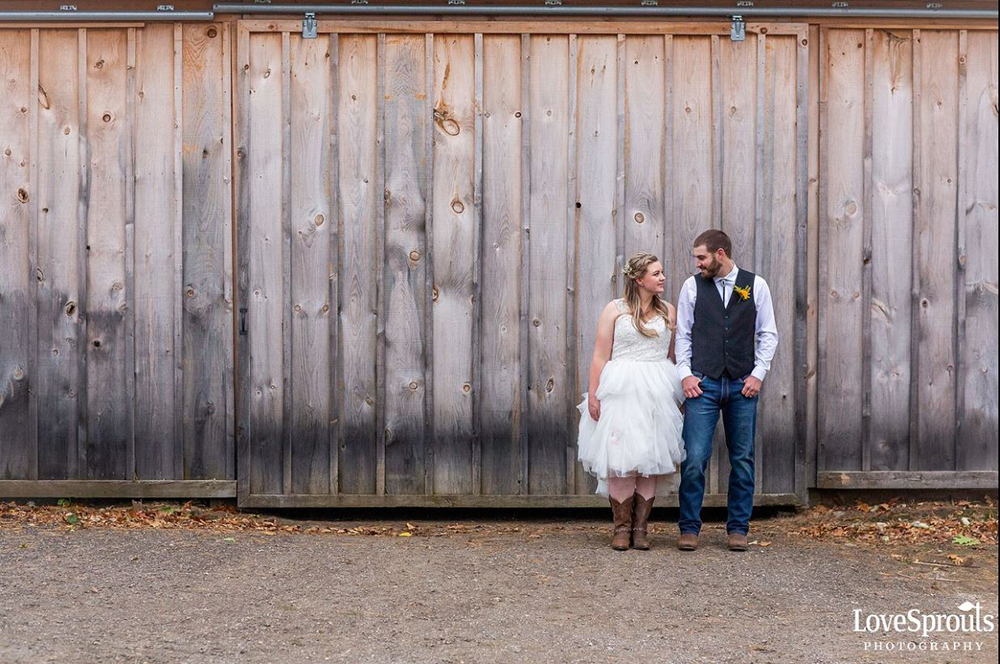 Dundee Country Club Wedding   Photo: Lovesprouts Photography