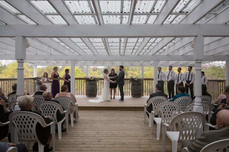 Venue: Beaverdale Golf Club | Photo: Mirror Form Photography