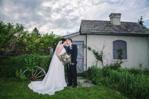 Venue: Best Western Stoneridge Inn | Photo: Have Heart Photography