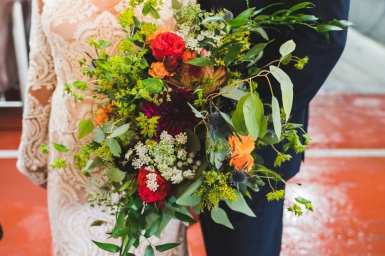 Photo: Gary Evans Photography | Flowers: The Creative Bride
