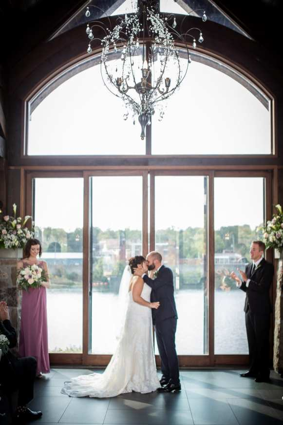 Venue: Cambridge Mill | Photo: Anne Edgar Photography