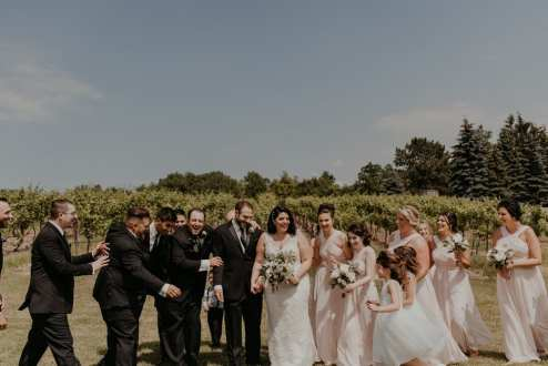 Venue: Hernder Estate Wines | Photo: Chelsea Green Photography