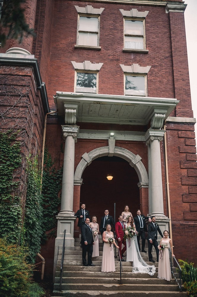Venue: Revival House | Photo: David & Kara Wedding Imagery