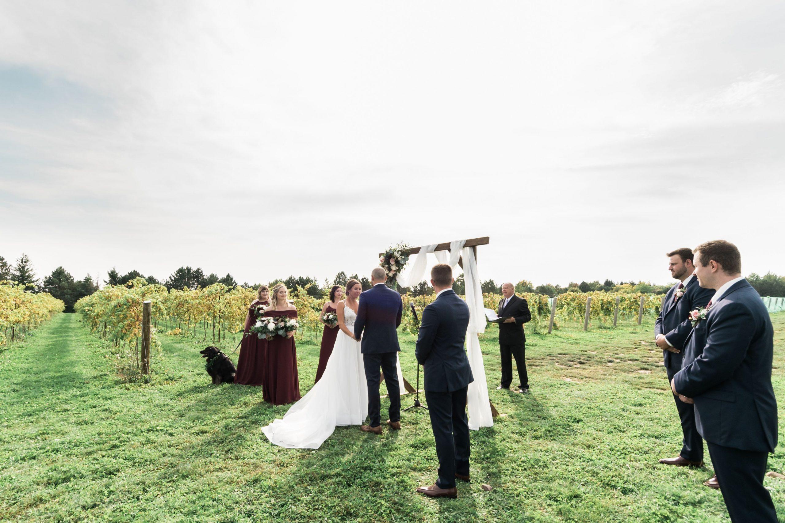 ceremony at Hessenland Inn & Schatz Winery