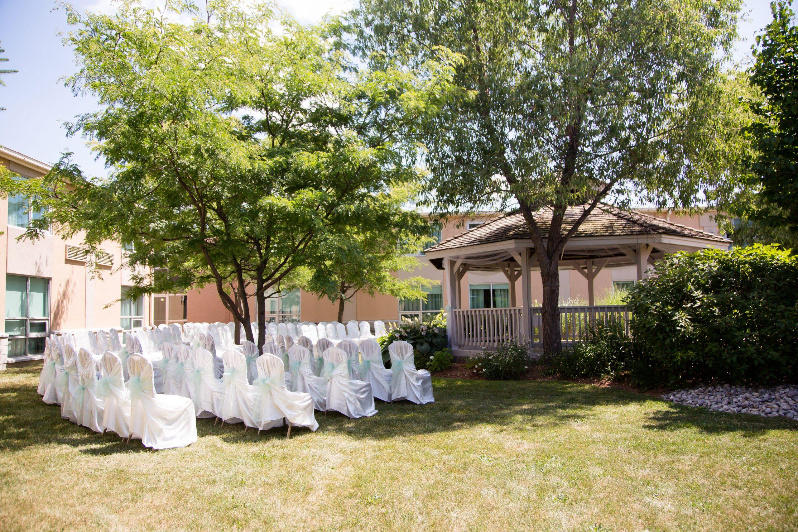 Tent outdoor wedding locations