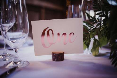 Photo: Aleisha Boyd Photography | Florals: Westview Events and Florals