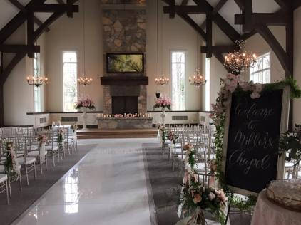 Ancaster Mill-Millers Chapel | Decor and Photo: Sue Gallo Designs