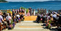 Oceanside Ceremony at Brentwood College School | Photo: Fetching Image