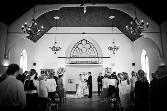Photo: Anne Edgar Photography | Venue: Hauser Hall, Heidelberg, ON