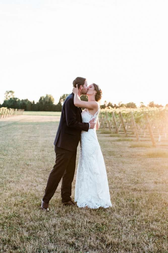 Venue: Hessenland Country Inn | Photo: Alison Oliver Photography