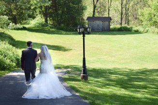 Venue: Elm Hurst Inn & Spa | Photo: The Bridal Lounge